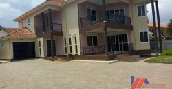 5bedroom Mansion is in the Bunga for sale