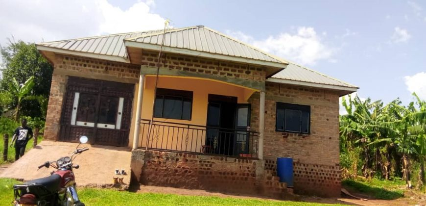 A shell house for sale in Matugga Kilyowa at 85,000,000.