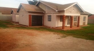 House for Rent in Kyebando 2,000,000