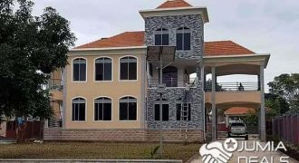 Five bed roomed residential house for sale in Entebbe