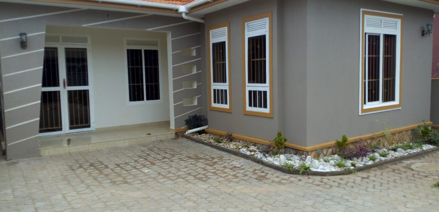 Luxurious house for sale in Najjera