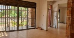 Stunning four bed rooms Residential HOUSE for sale in Kiwatule