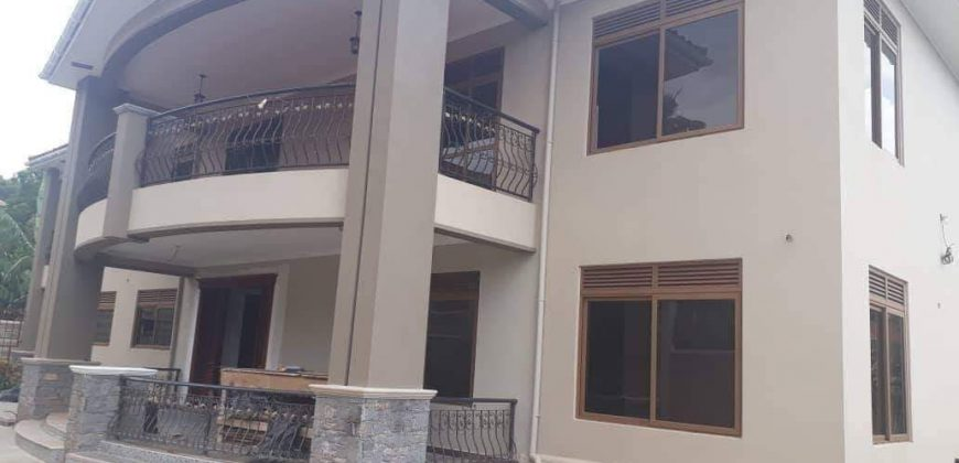 Mansion for sale in Muyenga @ USD 1.5M