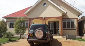 House for sale in Nsasa at shs 270,000,000