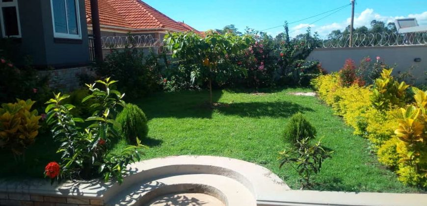 House for sale in Kira at shs 480,000,000