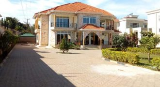House for sale in Munyonyo at shs 3600000000