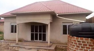 House for sale in Kawempe Kigoma at shs 35,000,000