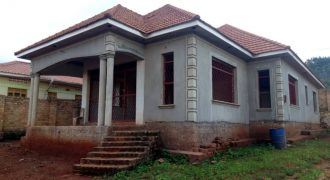 Shell House for sale in Seguku at shs 490,000,000