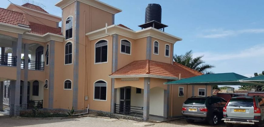 Very nice house on sale in Entebbe