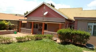 House for sale i Namugongo Mbalwa at shs 160,000,000