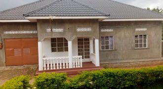 House for sale in Seguku Katale at shs 320,000,000