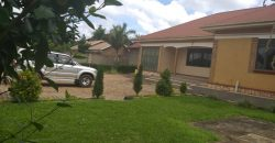 House for sale in Buwate at shs 380,000,000