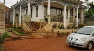 House for sale in Kasangati at shs 280,000,000
