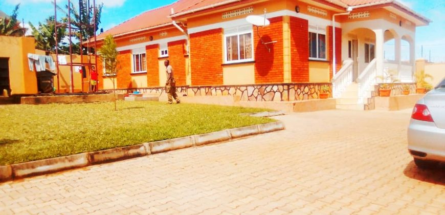 House for sale in Namugongo at shs 300,000,000