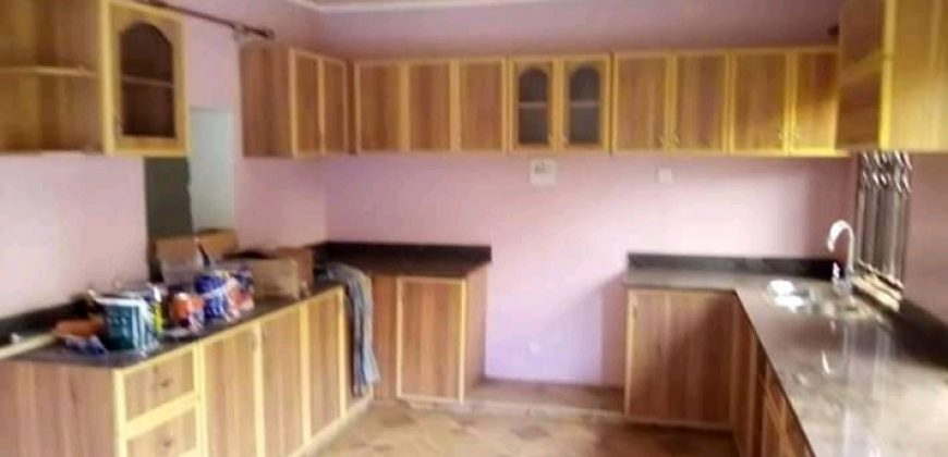 House for sale in Seguku at shs 400,000,000