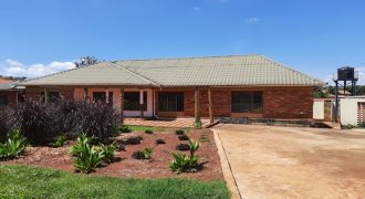 3 Bed 3 Bath House for Rent