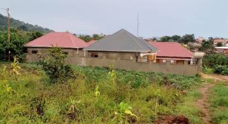 Plots for sale in Kawuku at shs 30,000,000
