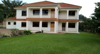House for rent in Naguru at shs 185,000