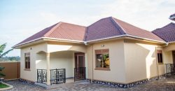 Houses for rent in Kawuku at shs 600,000