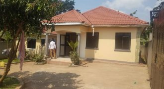 Houses for sale in Namugongo Bukerere at shs 110,000,000