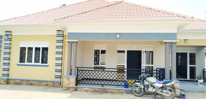 House on sale in Bulindo at shs 320,000,000