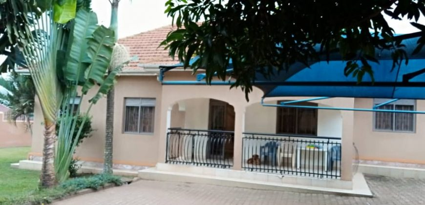 House for sale in Kyaliwajjala Kira road at shs 500,000,000