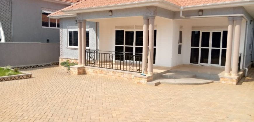 House on sale in Kira at shs 270,000,000