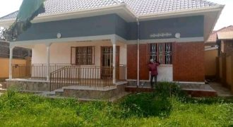 House for sale in Bweeya at shs 250,000,000