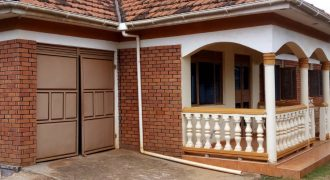Houses for rent in Kisasai Kulambiro at shs 1,200,000