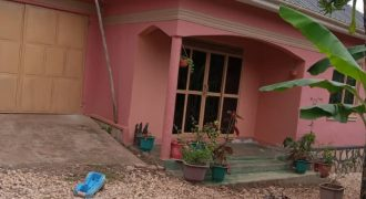 House for sale in Matugga at shs 130,000,000