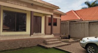3 bedroomed house on sale in Buwate at shs 320,000,000