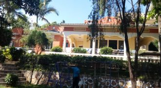 Houses for sale in Kitende at 700,000,000