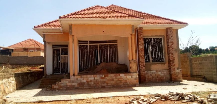 Shell house for sale in Kira at shs 260,000,000