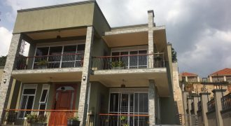 4 bedroomed house for sale in Buziga at shs 450,000 US dollars