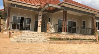 Houses for sale in Bwebajja at shs 650,000,000