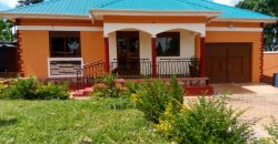 House for sale in Mukono Kabembe town at shs 150,000,000
