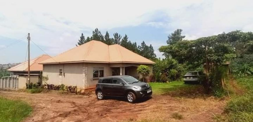 Houses for sale in Sentema at shs 100,000,000