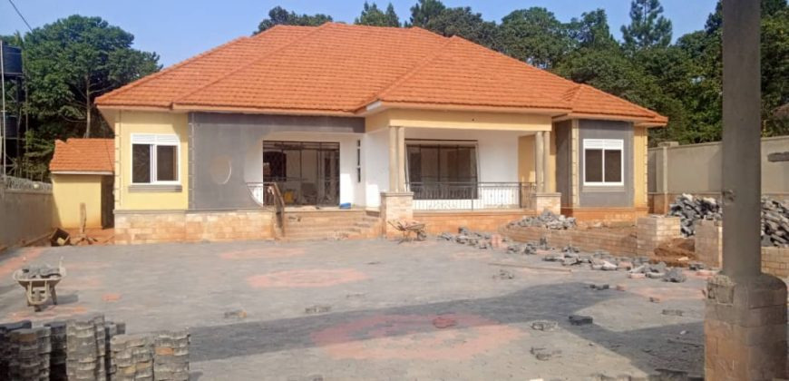House for sale in Kira at shs 580,000,000