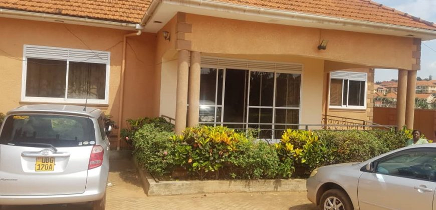 House for sale in Naalya at shs 480,000,000