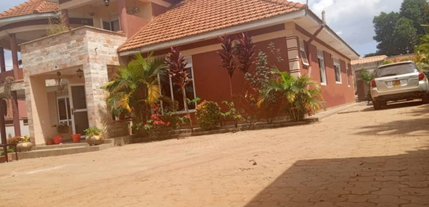 House for sale in Namugongo at shs 650,000,000