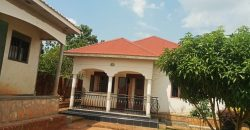 House on sale in Mukono Nabuti at 100,000,000