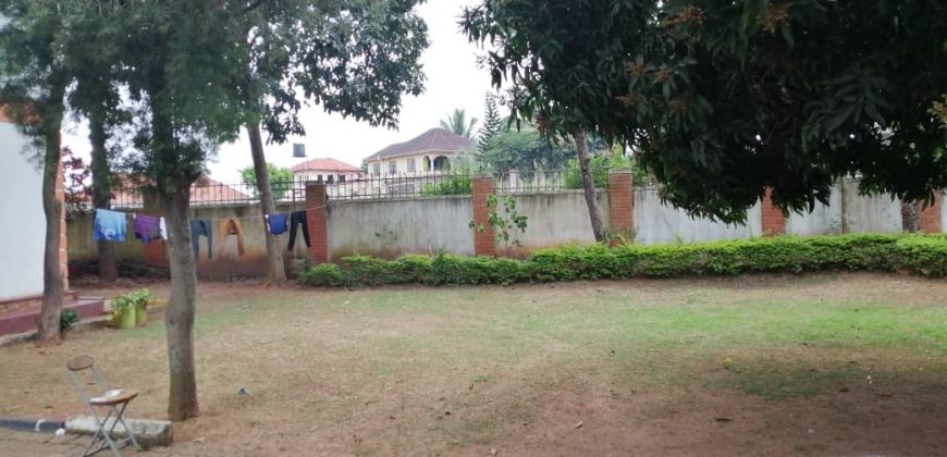 House for sale in Munyonyo at shs 700,000,000