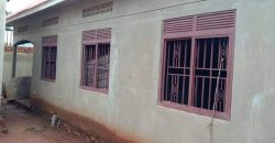 House for sale in Kitende Lumuli at shs 130,000,000