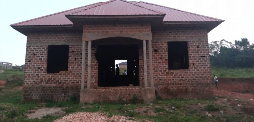 Houses for sale in Gayaza at shs 48,000,000