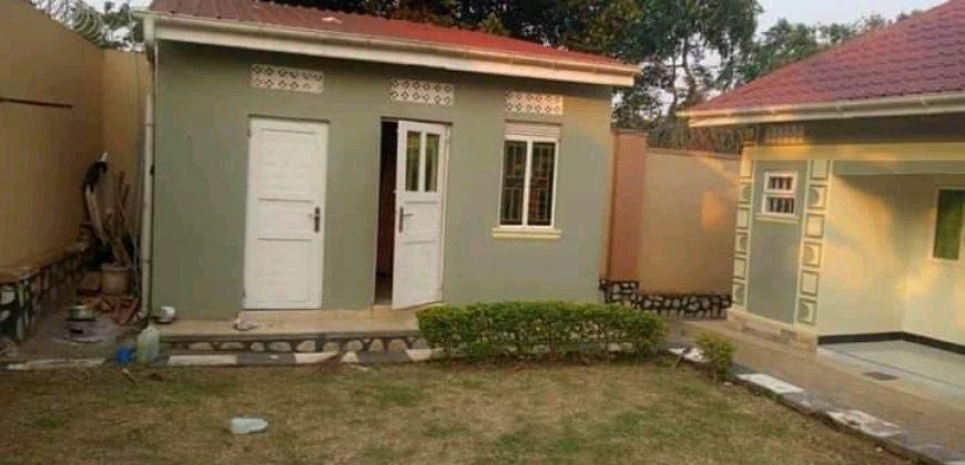 Houses for sale in Namugongo at shs 320,000,000