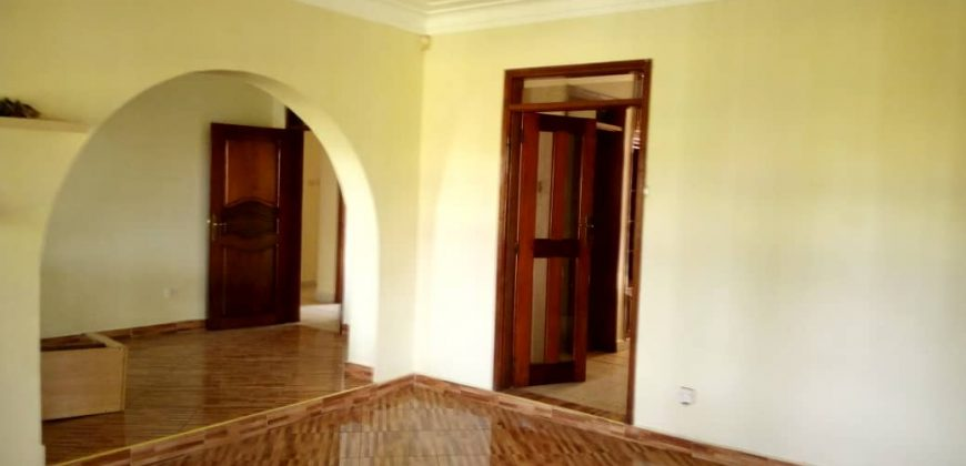 Houses for rent in Ntinda at shs 5,550,000