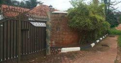 Houses for sale in Muyenga at shs 550,000,000