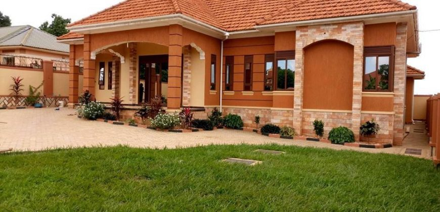House for sale in Kira at shs 440,000,000