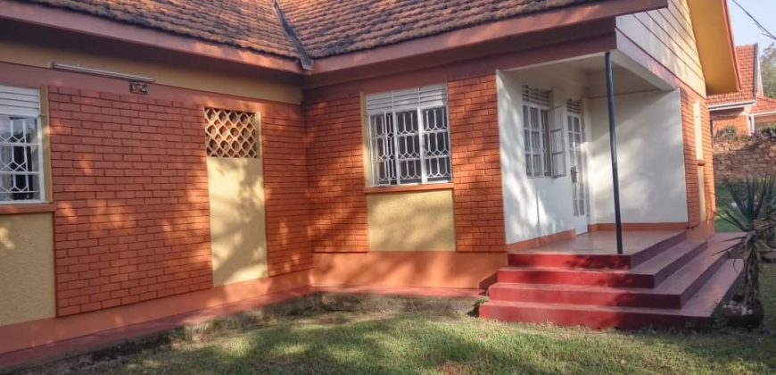 House for sale in Ntinda after UNEB at shs 500,000,000