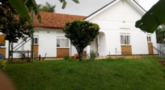 House for sale in Naguru at shs 500,000 US dollars